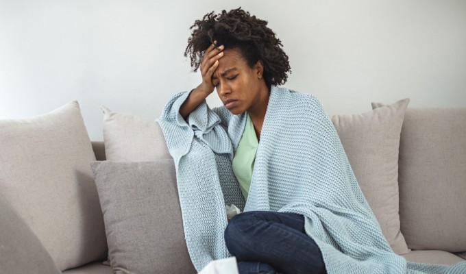 Mais de 200 sintomas da COVID longa são identificados por pesquisadores