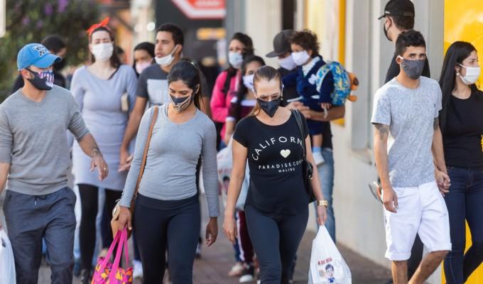Brasil registra 169 casos da variante Delta, afirma Ministério da Saúde