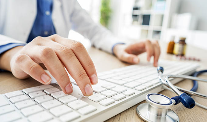 Em meio a polêmica, plano de Saúde passa a oferecer consultas médicas virtuais